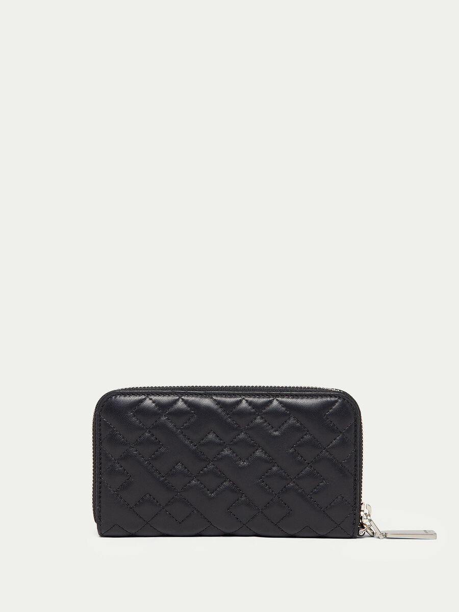Zip around quilted nappa purse with strap detail