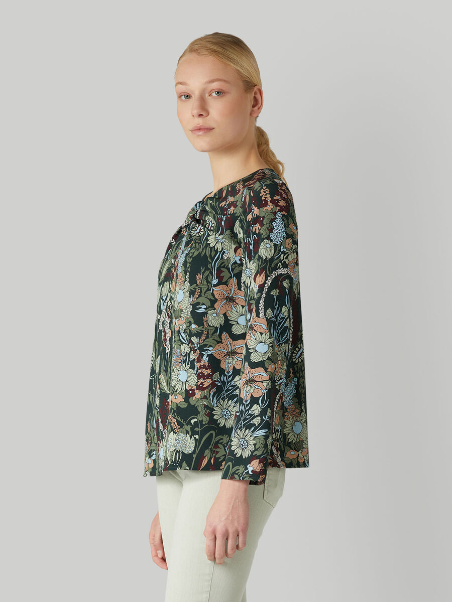 Crepe blouse with floral print