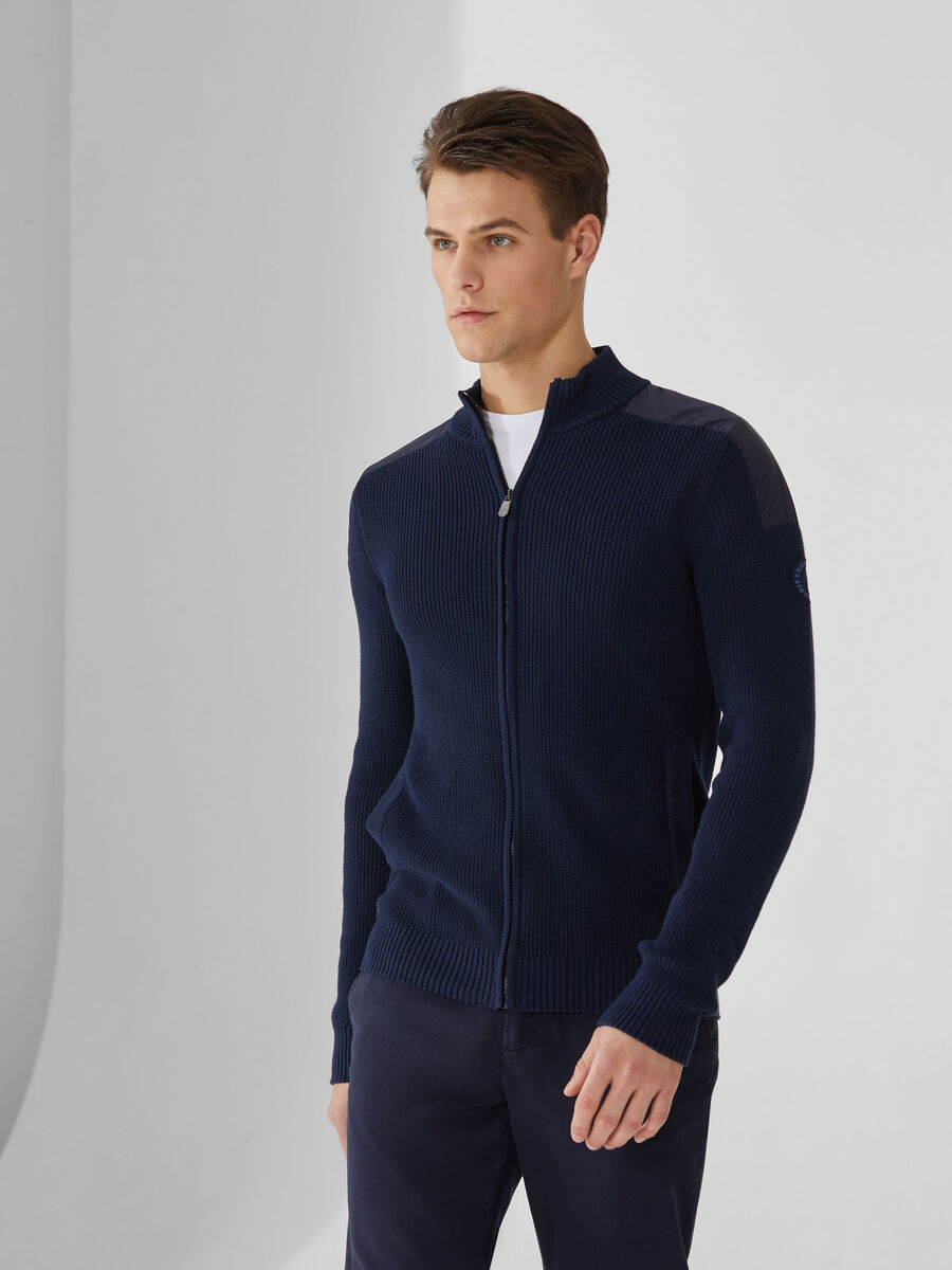 Cotton pullover with zip-up neck