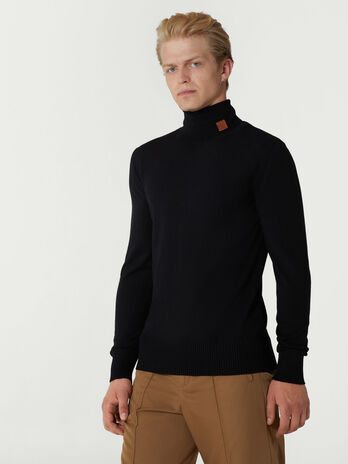Pullover slim fit con collo alto in lana