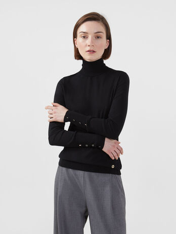Regular fit polo neck pullover in stretch viscose