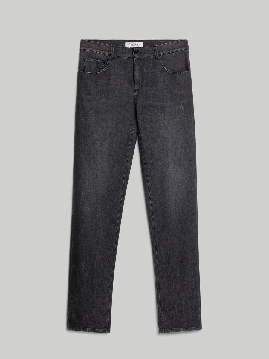 Close 370 jeans in comfort denim