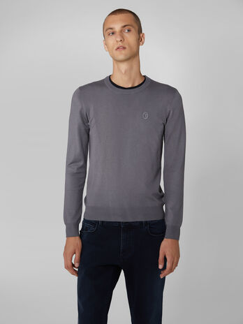 Slim fit viscose blend crew neck pullover