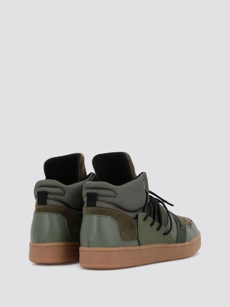 Sneakers alte con allacciatura trekking