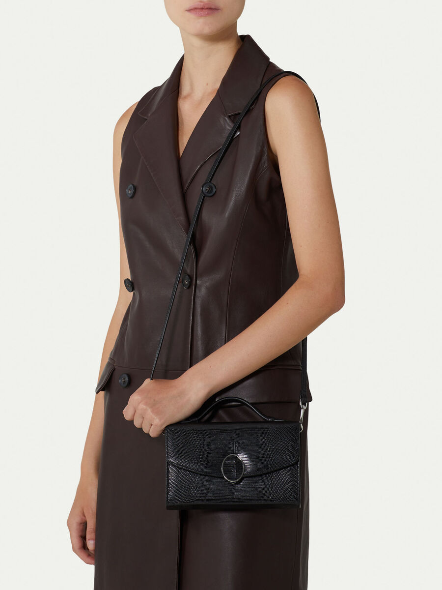 Leather shoulder bag with lizard print