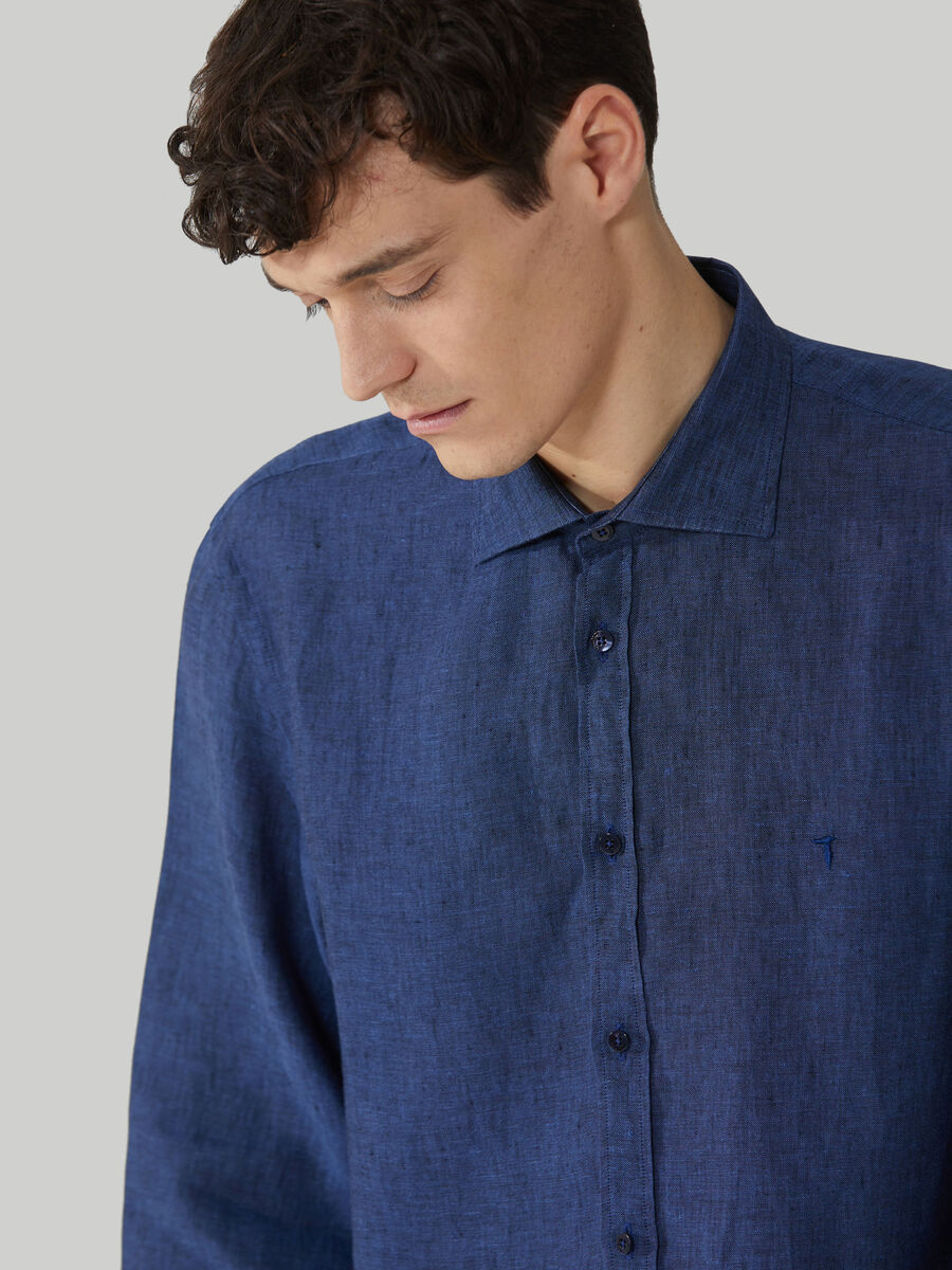 Camicia close fit in lino yarn dyed