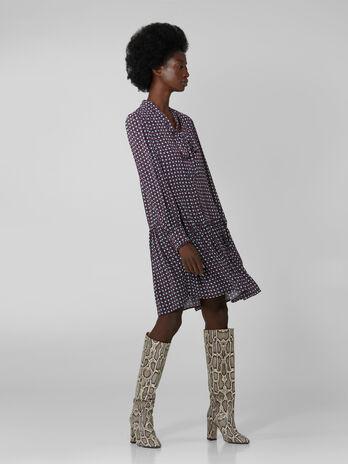 Kleid aus bedrucktem Viskosekrepp