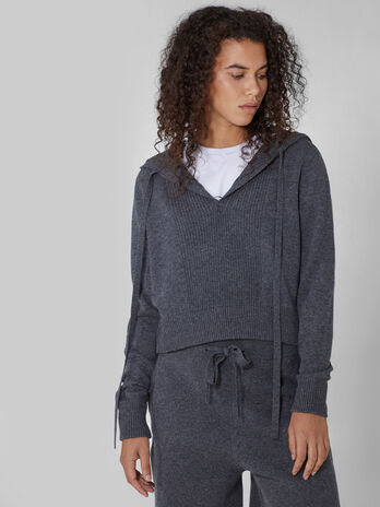 Cropped wool and cashmere hoody