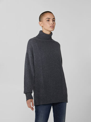 Wool and cashmere polo neck pullover
