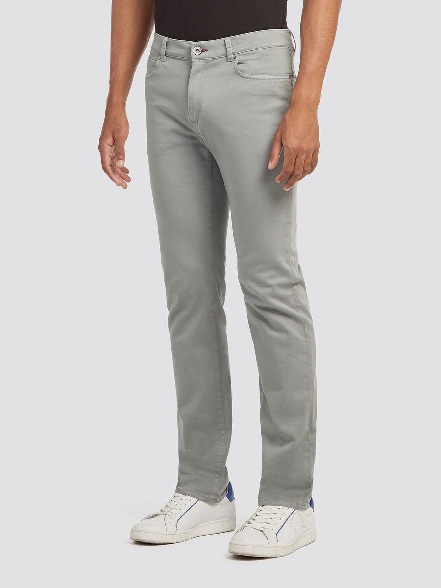 Jeans icon fit con logo ricamato