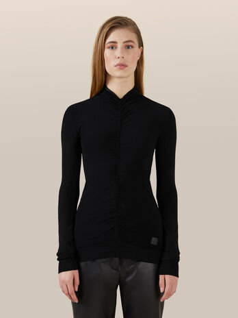 Pull coupe slim a col montant en viscose stretch