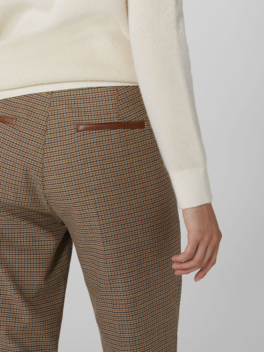 Chequered straight leg trousers