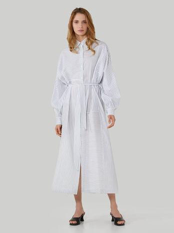 Gestreiftes Kleid im Over-Fit aus Baumwolle und Leinen