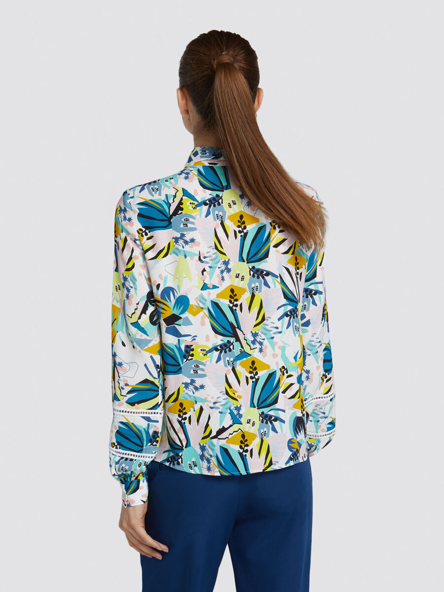Regular fit viscose sable shirt with floral print