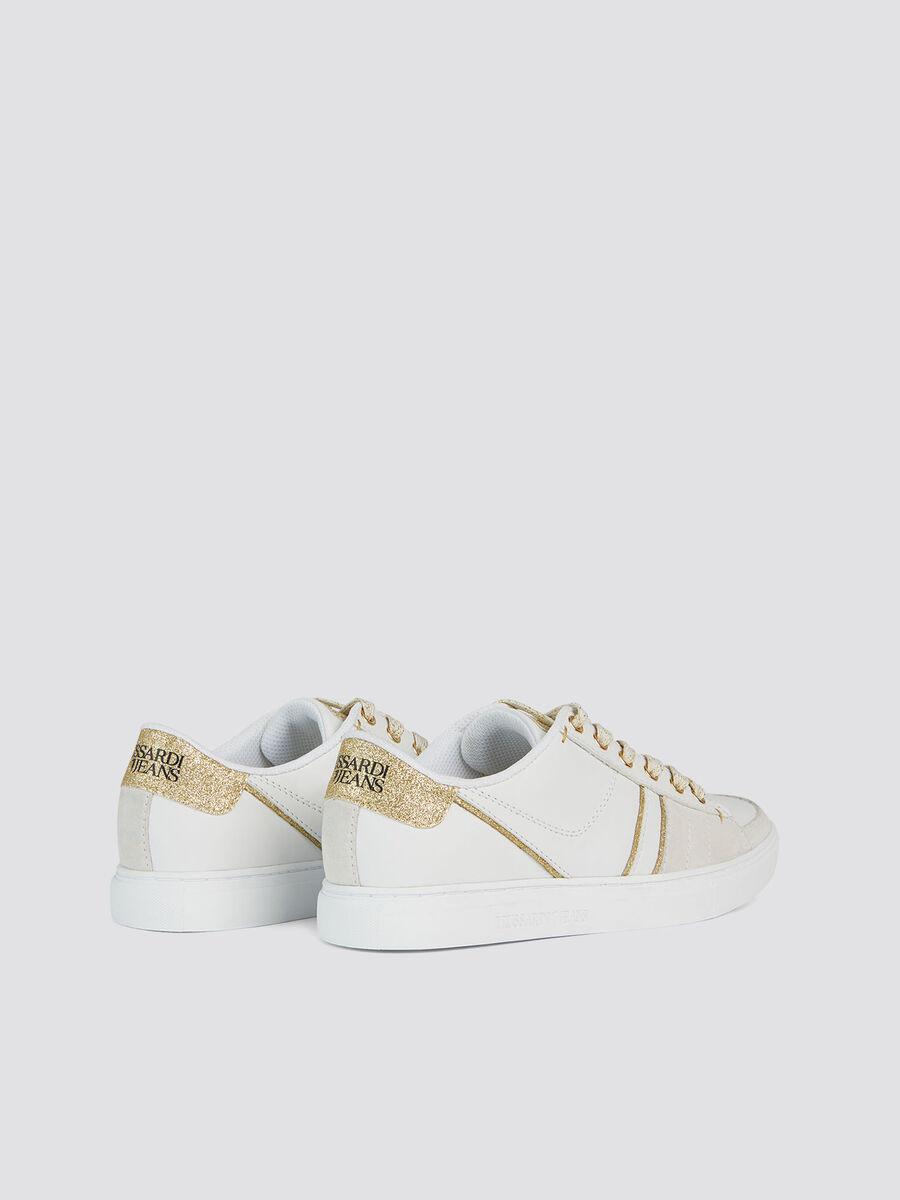 Kunstleder Sneakers Glitzerdetails und Schnuersenkeln
