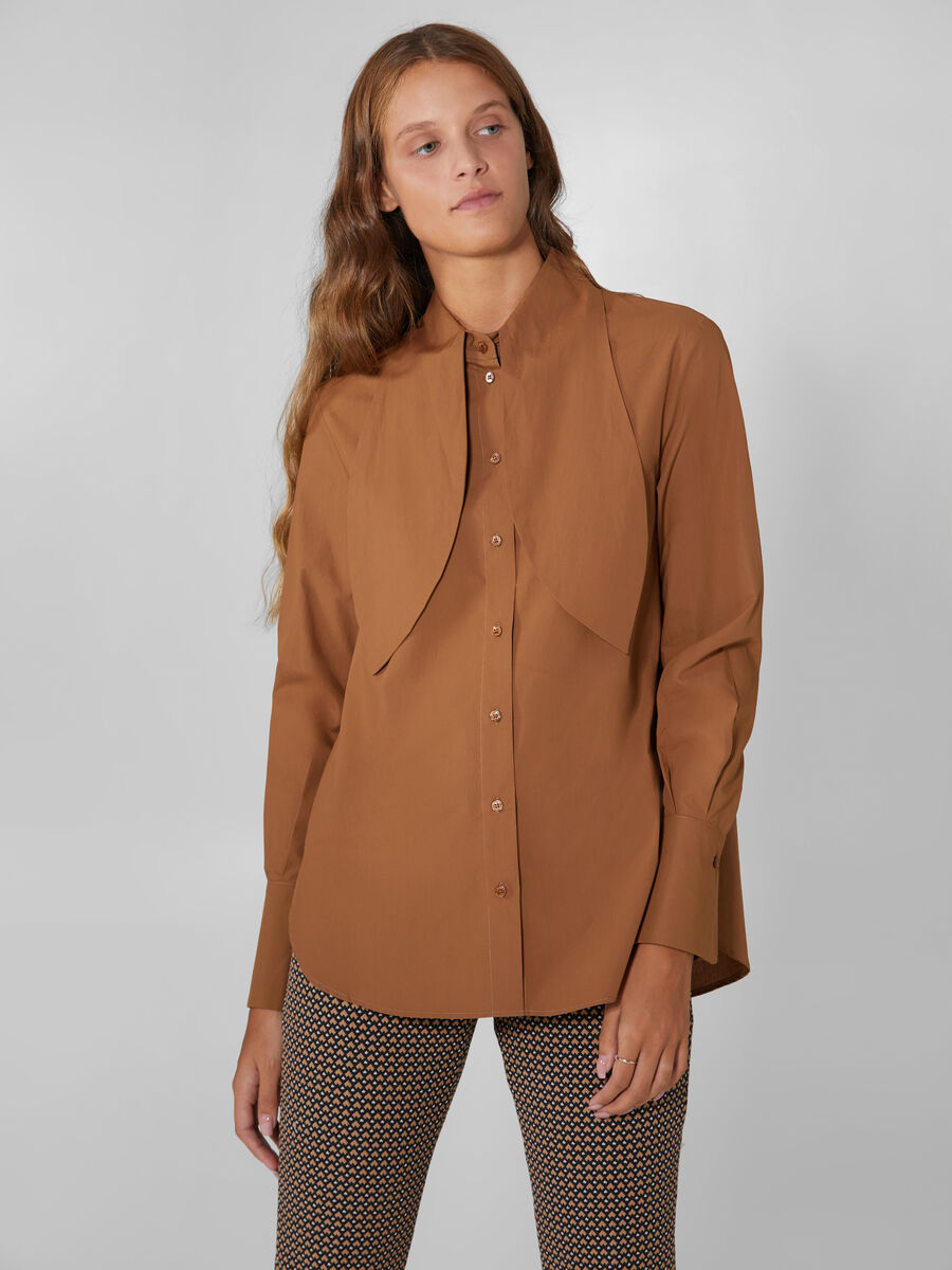 Chemise en popeline stretch a grand col
