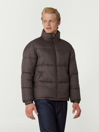Regular fit down jacket in light quilted nylon
