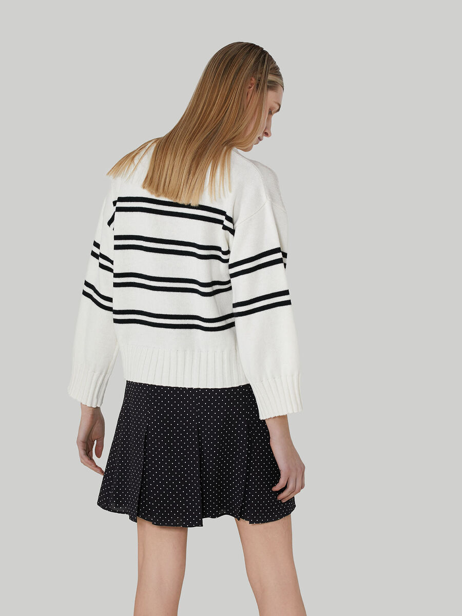 Boxy cotton and wool pullover