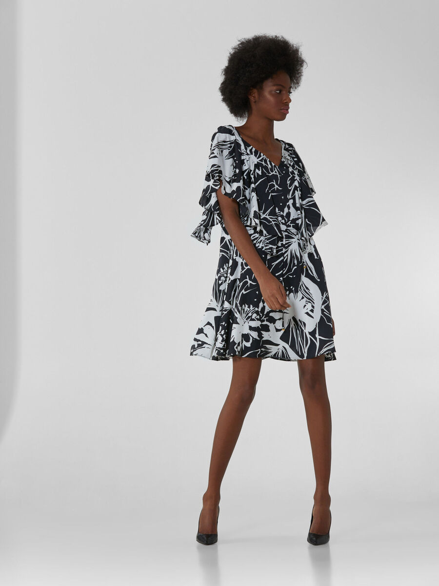 Short satin dress with bold floral print