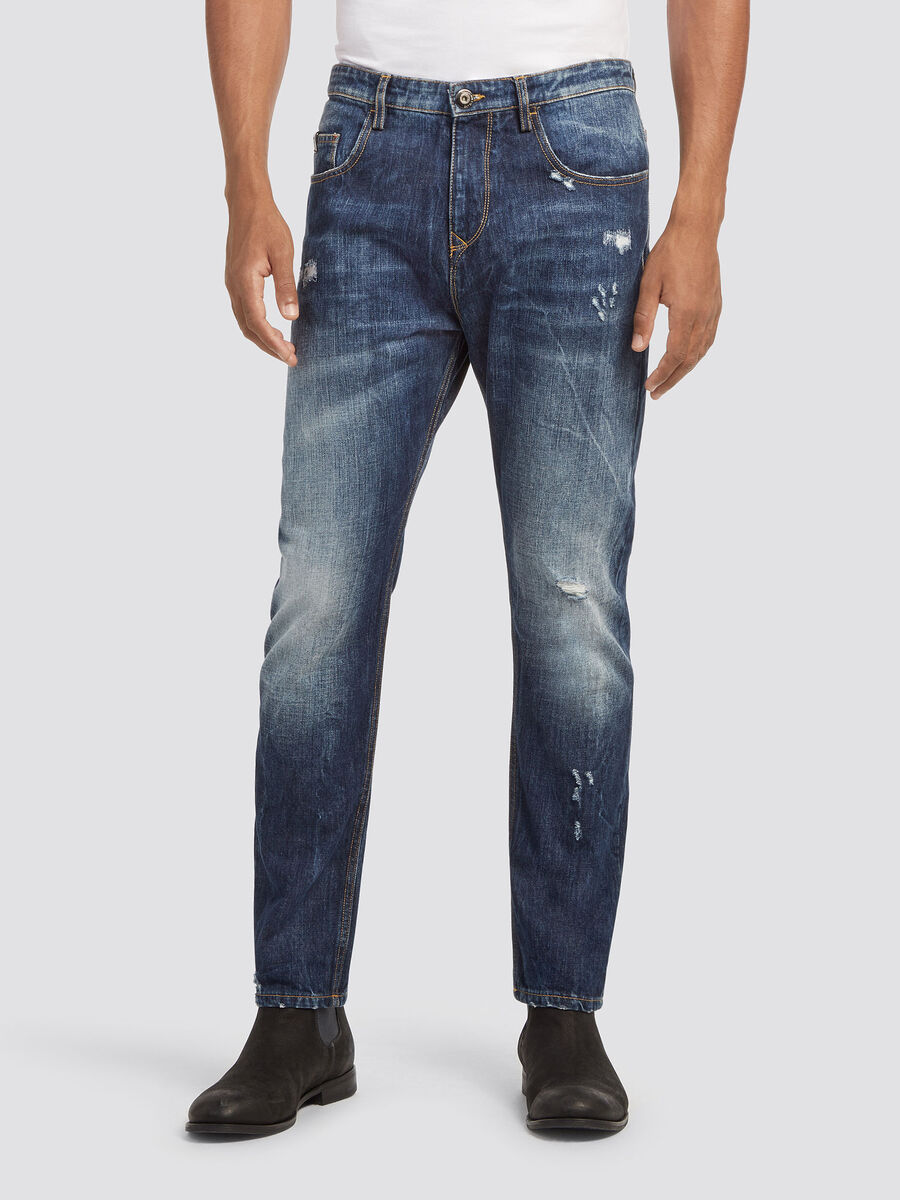 Baggy fit stonewashed jeans