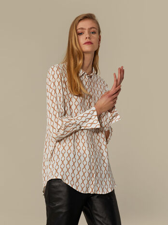 Regular-fit shirt in printed crepe