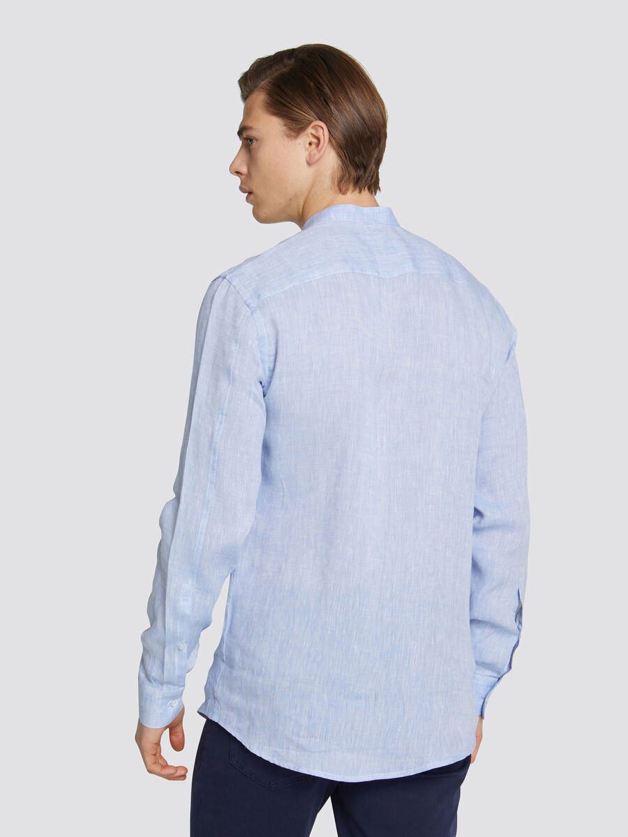 Solid colour linen shirt with a Mao collar