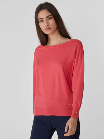 Viscose jumper with a wide neck