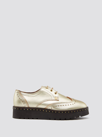 Leather Derby shoes with studs