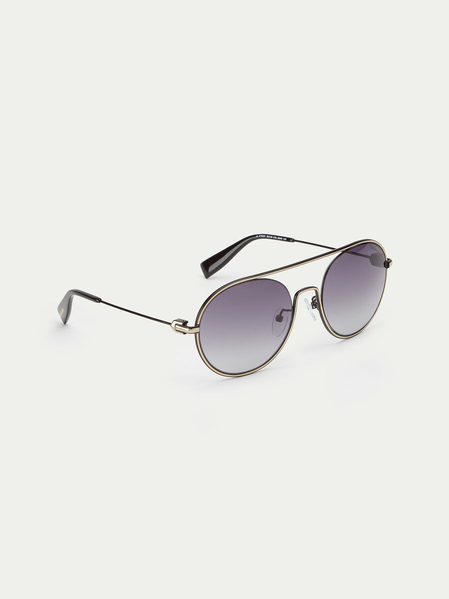 Aviator sunglasses with round lenses