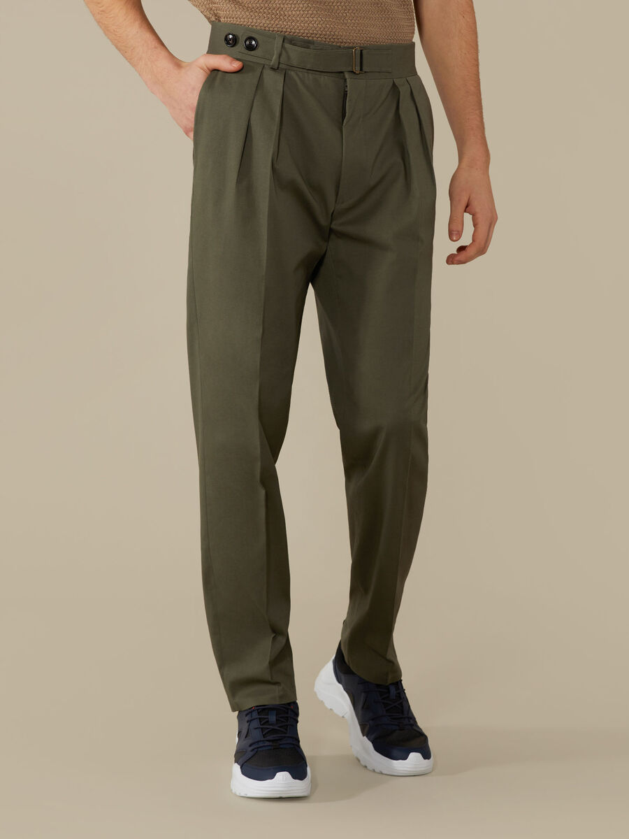 Cotton trousers with darts
