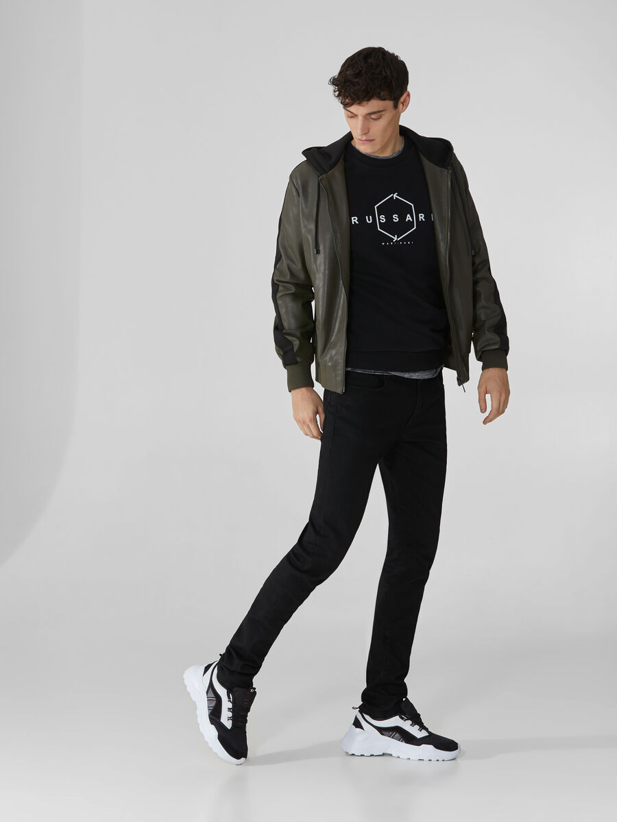 Jeans 370 Extra Slim aus schwarzem Denim