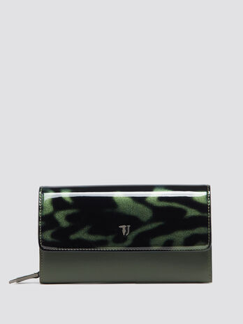 Paprica purse with shiny flap
