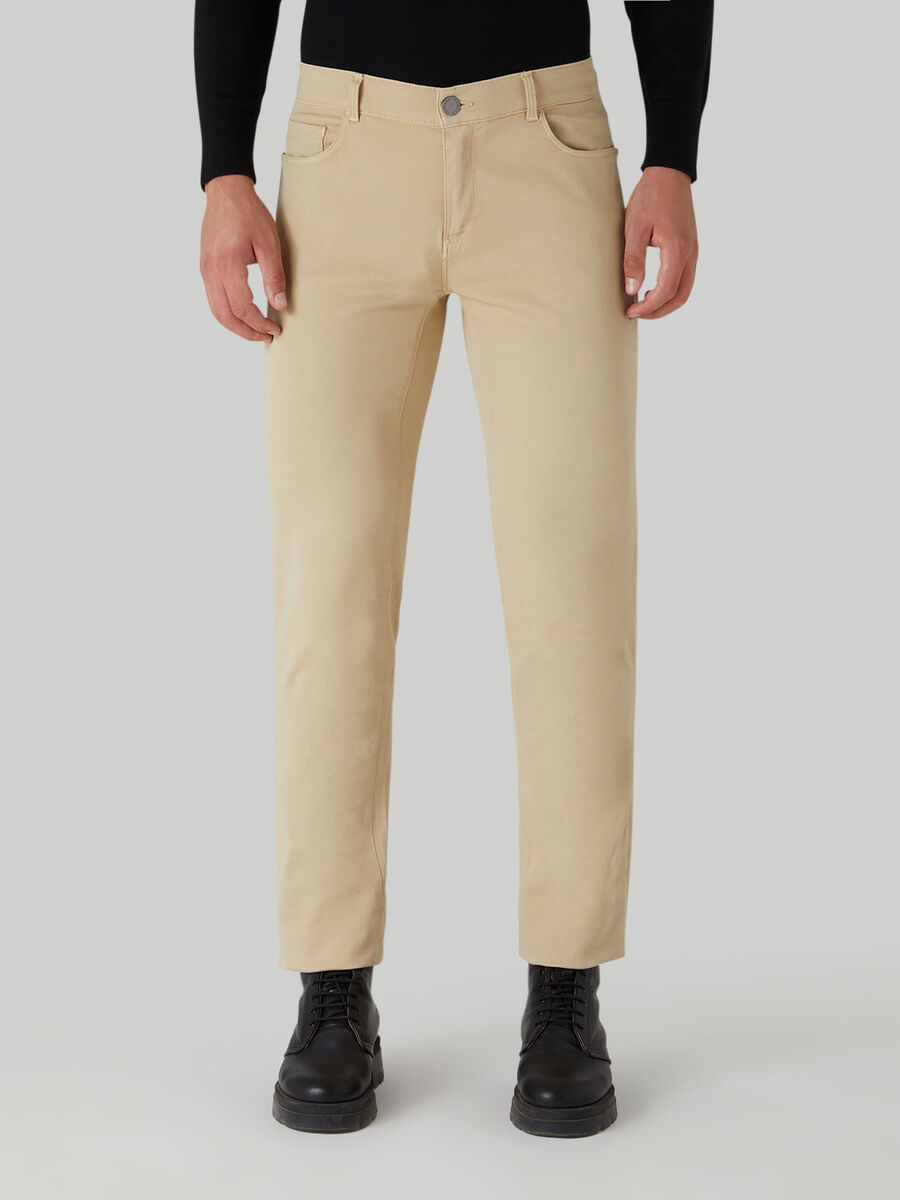 Close 370 trousers in comfortable cotton