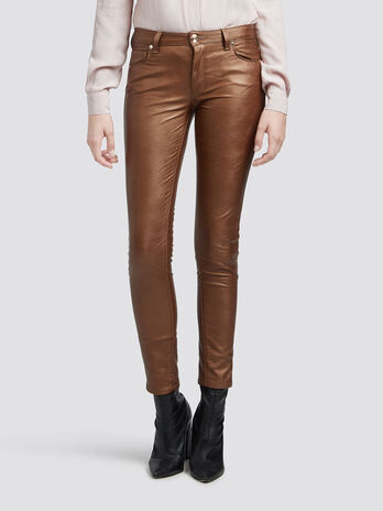 Super skinny skin tight jeans with hammered effect