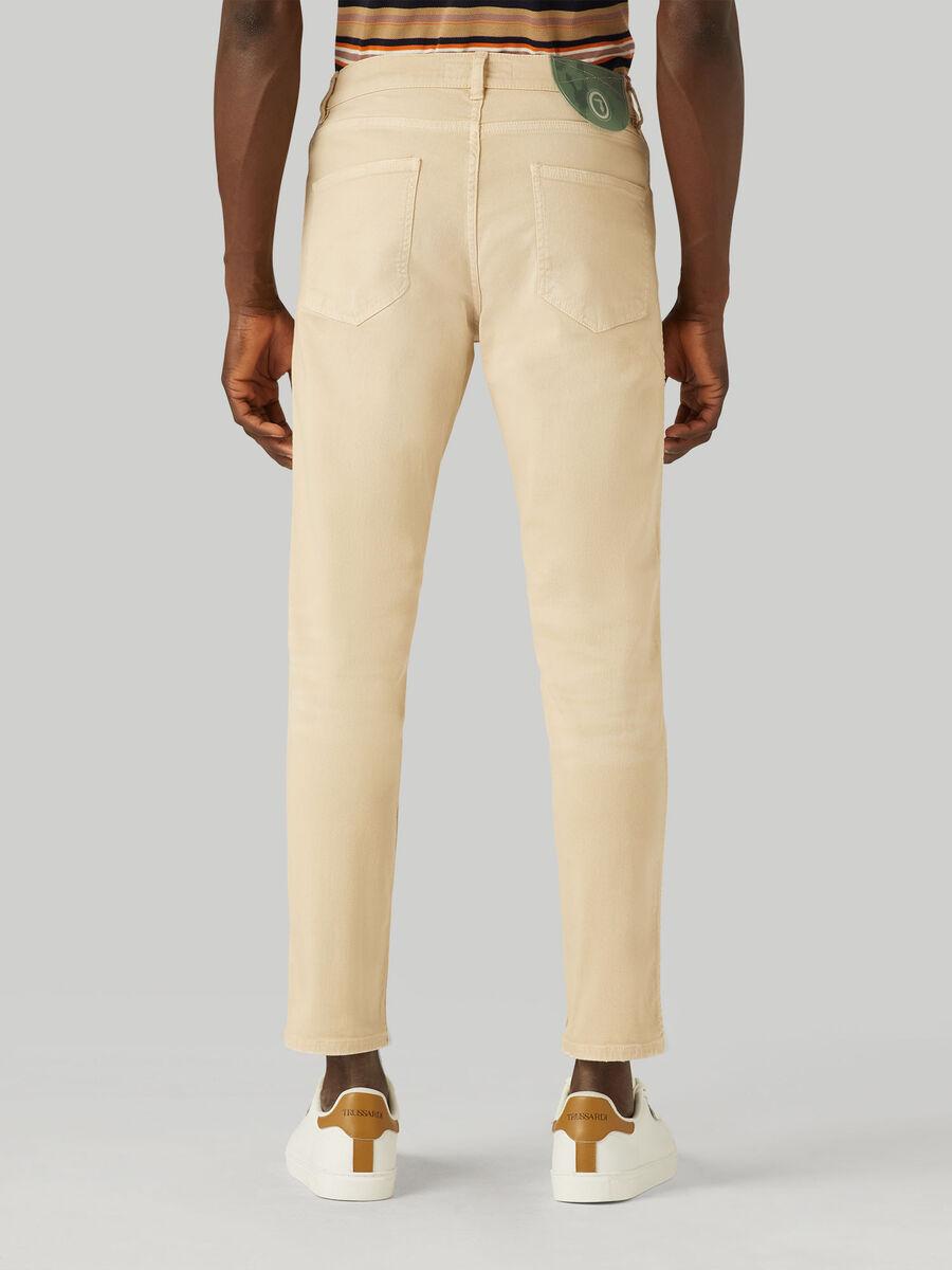 Jeans 360 Taper aus Old-Washed-Denim