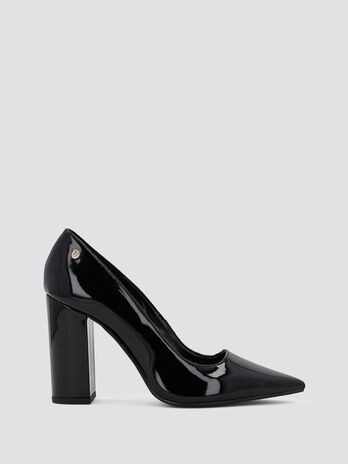 Patent leather pumps with chunky heel