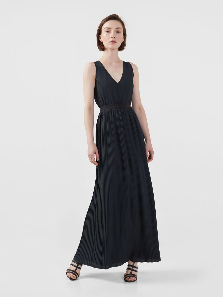 Crepe de chine dress with pleats