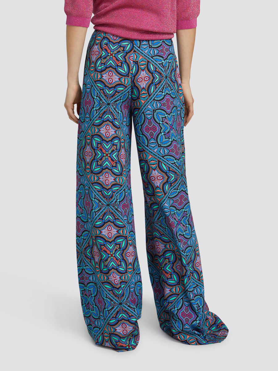 Oversized trousers in gypsy print viscose