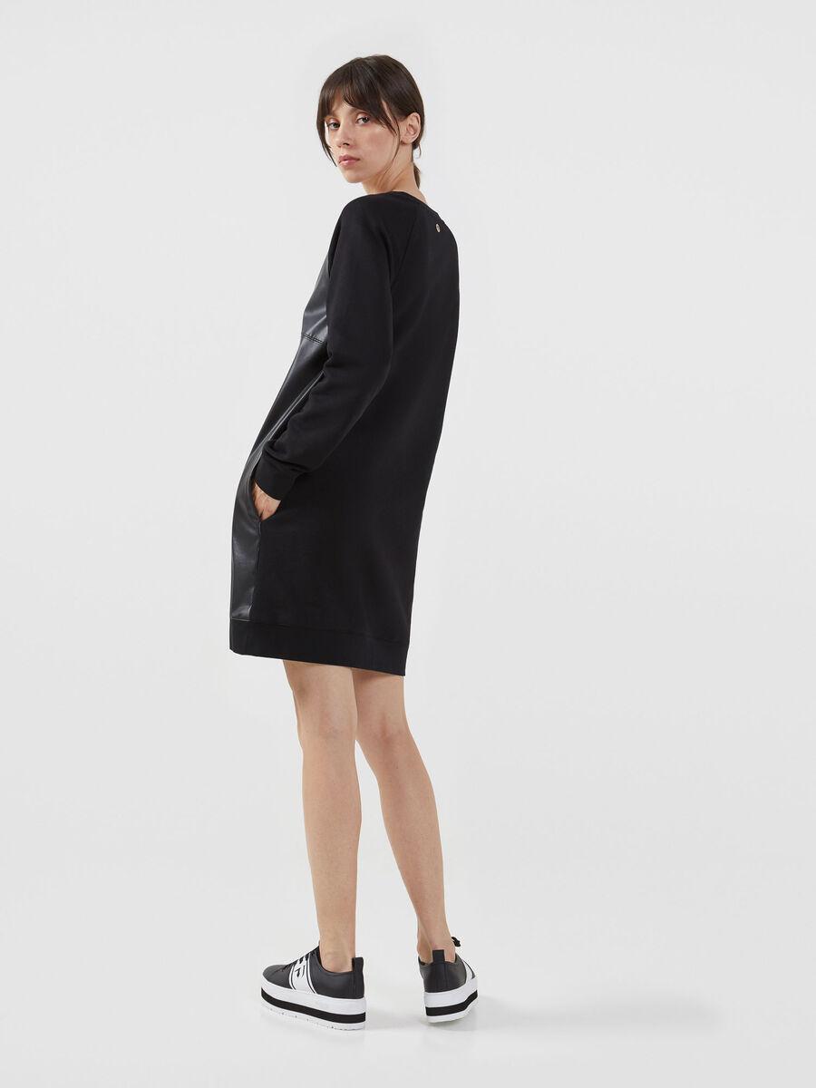 Vestido de felpa y piel sintetica de color liso