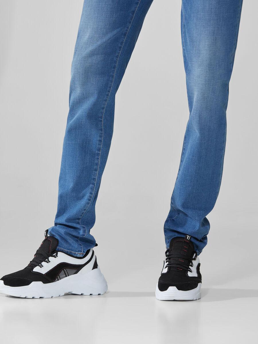 Close 370 jeans in blue Cross Caroline denim