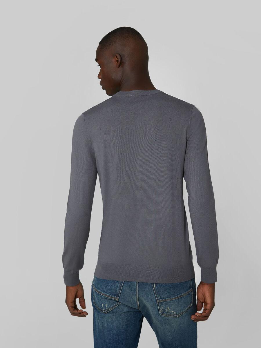 Pullover scollo a V slim fit in viscosa stretch