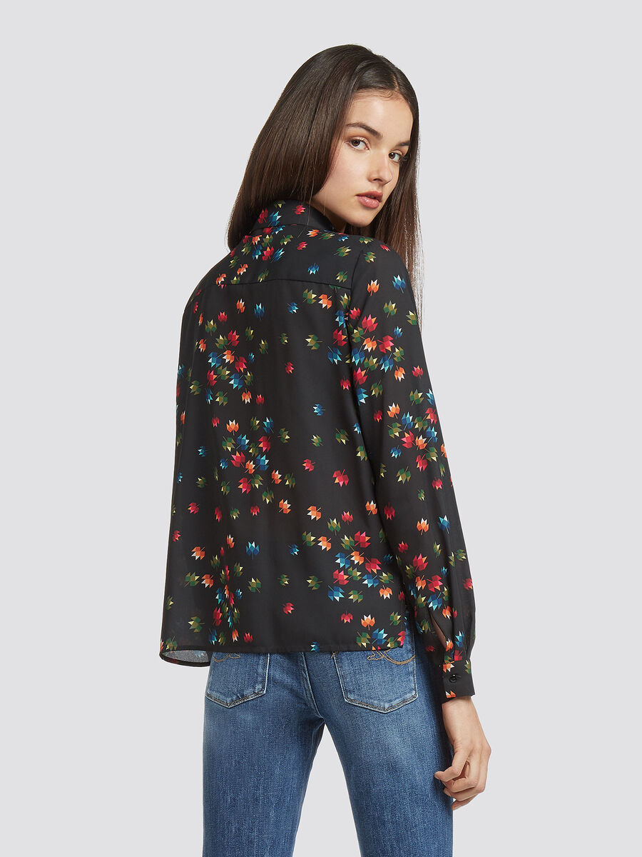Georgette shirt with graphic floral print