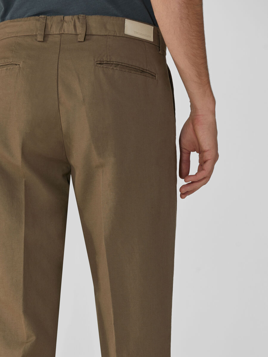 Solid-colour gabardine aviator-fit trousers