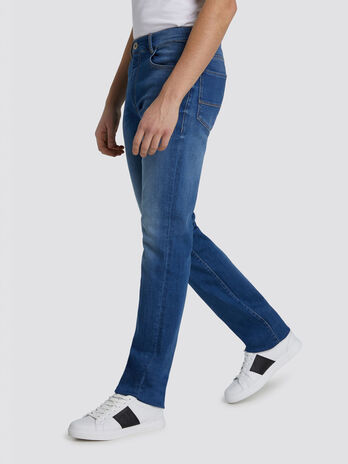 Five pocket Icon Basic 380 jeans