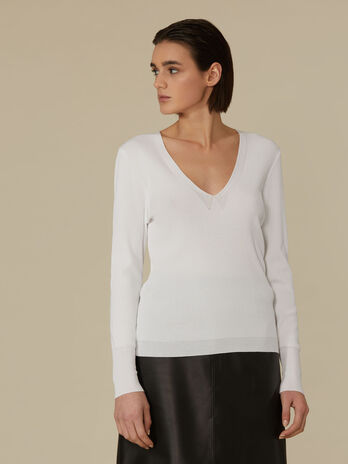 Slim-fit viscose pullover