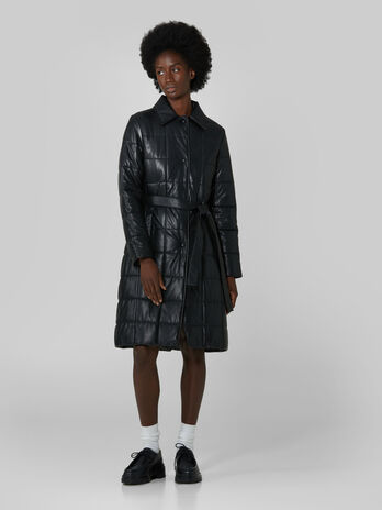 Padded coat in quilted faux leather