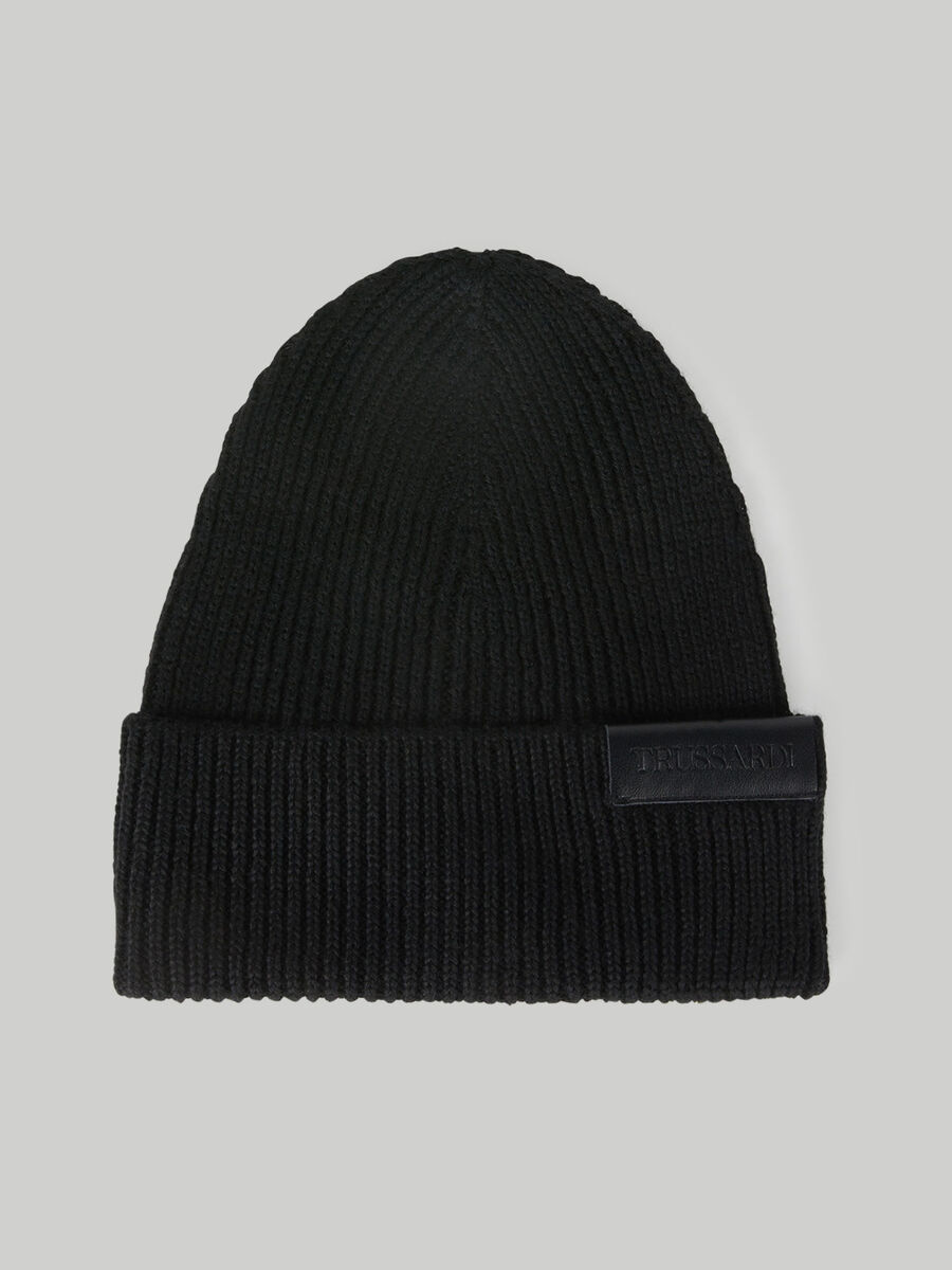 Wool-blend hat with branded patch