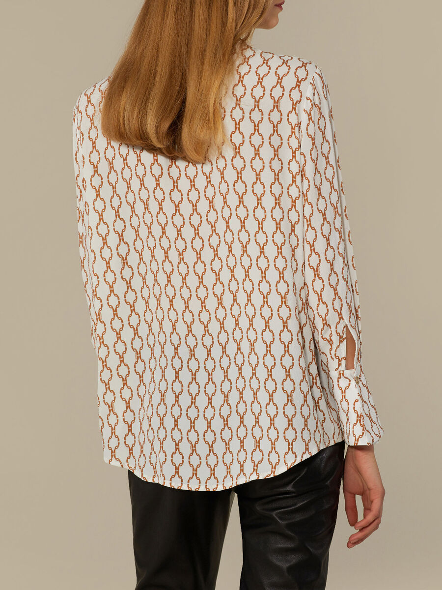 Camicia regular fit in crepe stampata