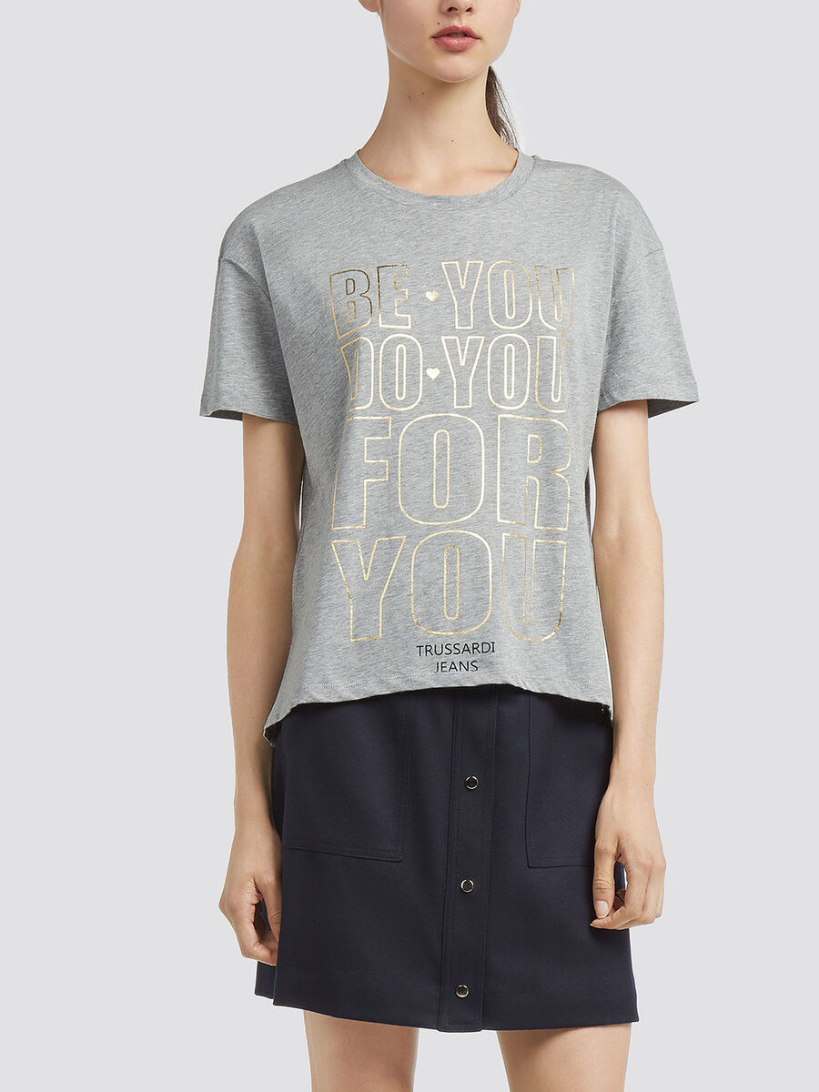 Printed T shirt with asymmetrical hem