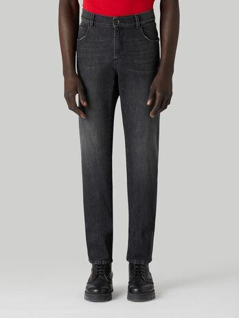 Jeans 370 Close aus Komfort-Denim